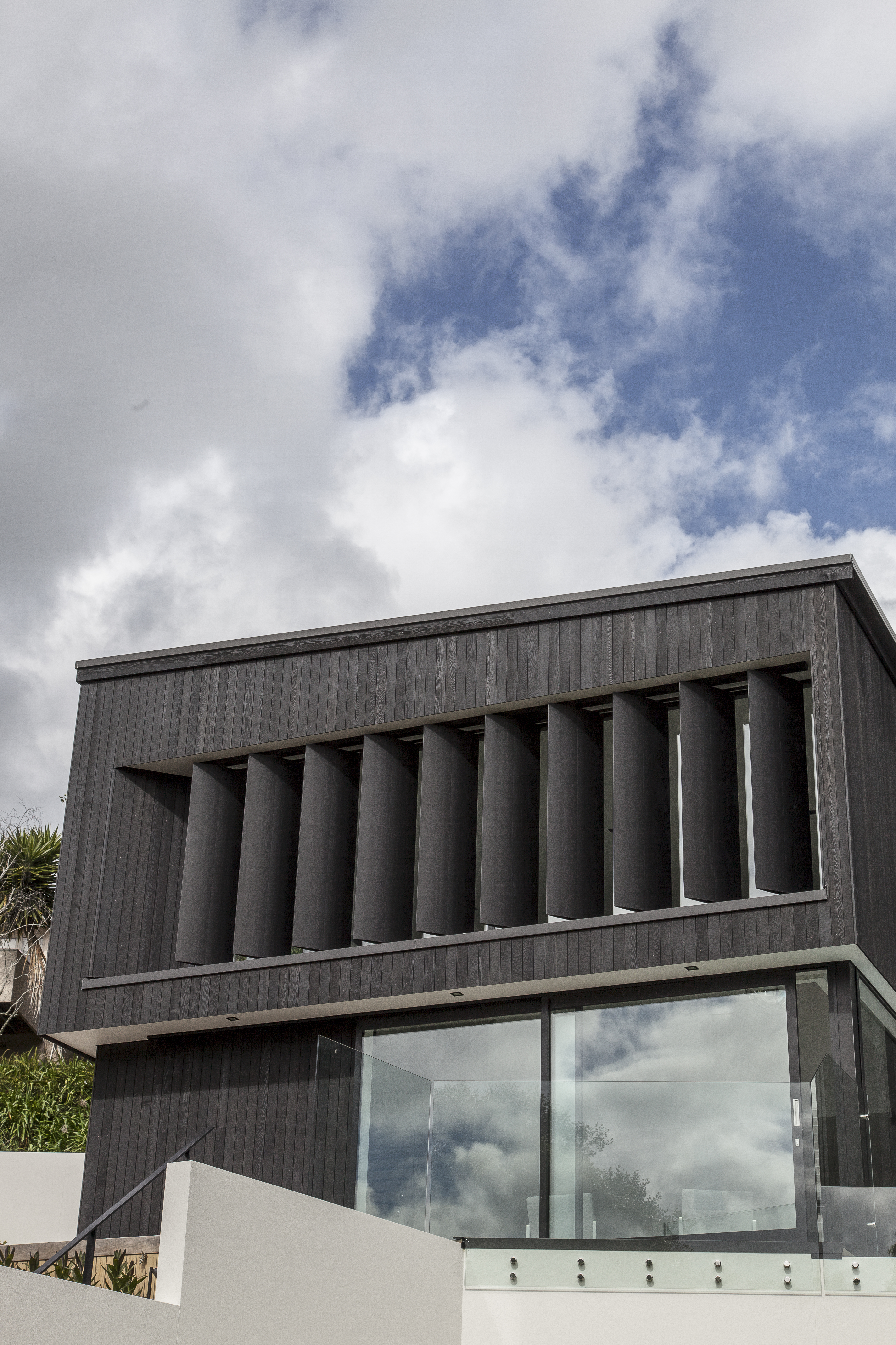 Motorised operable louvres from Aurae