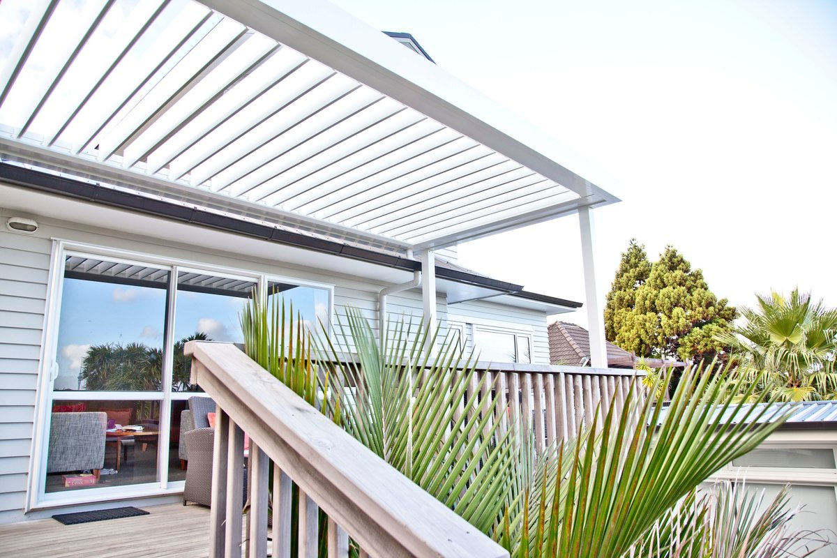 Building consent requirements for building a pergola in NZ