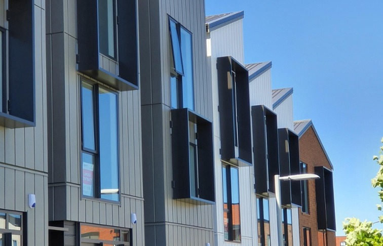 Window shrouds used on townhouses