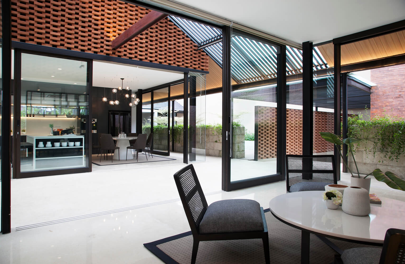 Ways to use louvres on a home